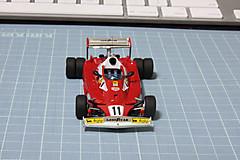 Ferrari_6wheel1
